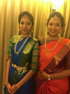 A Glam Hyderabadi Wedding With Stunning Outfits Blouse Designs High Neck, High Neck Blouse, Saree Blouse Designs, Blouse Patterns, South Indian Weddings, South Indian Bride, Indian Bridal, Telugu Wedding, Saree Wedding