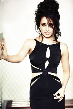 Shraddha Kapoor Filmfare September 2014 photoshoot In Black Color Dress http://photoshotoh.com/shraddha-kapoor-wallpapers/