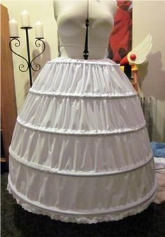 This hoopskirt tutorial can be easily adapted for most of Amdiala's crazy dresses.