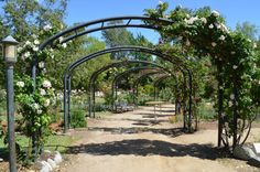 <b>It's not all skyscrapers and beautiful people.</b>