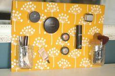 DIY Pinboard : DIY Magnetic Make-up Board