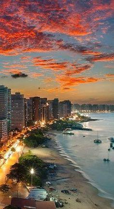 Fortaleza é um município brasileiro, capital do estado do Ceará, situado na Região Nordeste do país.