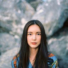 Portrait Photography Poses, Fashion Photography, Female Portrait, Woman Portrait, Ulzzang Girl, Asian Girl, Beauty Makeup, Celebs, Actresses