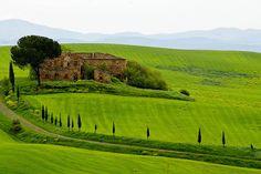 terre di Siena. tra leggende e acque termali