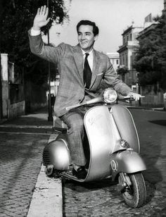 vintage everyday: 13 Vintage Photos of Celebrities Who Love Riding Vespas