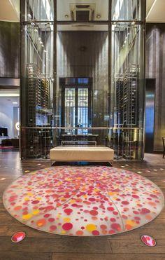 Booking.com: Radisson Blu Style Hotel, Vienna , Wien, Österreich - 1421 Gästebewertungen . Buchen Sie jetzt Ihr Hotel! Mini Bars, Vienna Hotel, Boutique, Modern, Home Decor, Trendy Tree, Interior Design, Home Interior Design