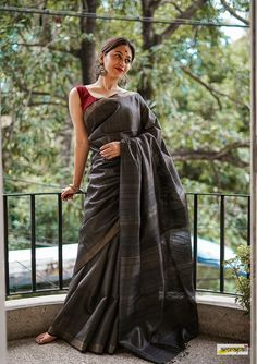 Handwoven Pure Tussar with Gold Zari Pinstripes – Amrapali Boutique Dress Indian Style, Indian Outfits, Indian Wear, Saree Poses, Stylish Sarees, Trendy Sarees, Sari Dress, Simple Sarees, Saree Photoshoot