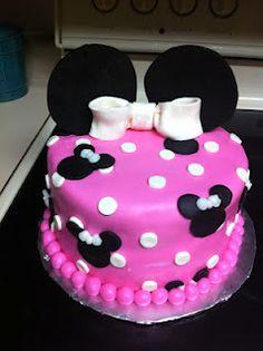 Sarah Jones Cakes!  Minnie Mouse Birthday Cake