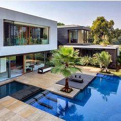 """79 curtidas, 2 comentários - Arq. Jucelio Delmondes (@del.arquitetura) no Instagram: """"Arquitetura! By @architectdesigne! #arquitetura #architecture #fatosinacreditaveiss #fachada…"""""""