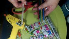 DIY // Manualidad : Como hacer dijes con silicona caliente (Regalito par...
