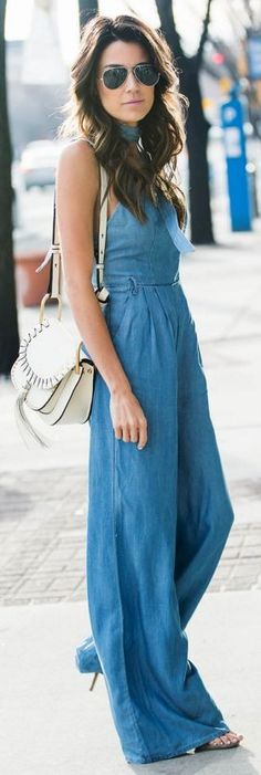 CHAMBRAY JUMPSUIT || 3 Style Essentials Everyone Will Be Wearing This Spring | Hello Fashion #chambray