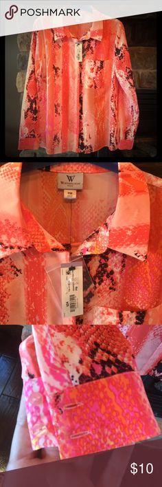 New Worthington Petite Dress Shirt New with tags, Worthington petite button up, 100% polyester, petite medium Worthington Tops Button Down Shirts