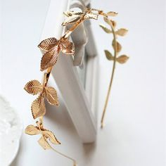 Trendy Women's Solid Color 7 Leaves Embellished Hairband-3.14 and Free Shipping