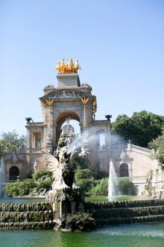 Cascada Fountain at Parc de la Ciutadella in Barcelona | photography by http://danielleaquilinephotography.com/