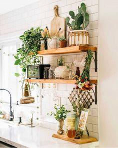 Home Decor Kitchen, Kitchen Design, Double House, Happy Kitchen, Retro, Boho Decor, My Dream Home, Ladder Decor, Home And Family