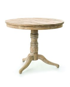 Beautiful, simple table! Perfect accent to any coastal decor!