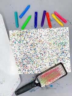 HOW TO MAKE MELTED CRAYON ART - Hello Wonderful Crayons Fondus, Broken Crayons, Melted Crayons, How To Melt Crayons, Spring Crafts For Kids, Art For Kids, Kid Art, Melting Crayons On Pumpkins, Melted Crayon Crafts