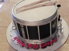 Yamaha Drum Cake -someone make me this Music Themed Cakes, Music Cakes, Drum Birthday Cakes, Retirement Party Cakes, Drum Cake, Biscuit, Cakes For Men, Fashion Cakes, Cake Boss
