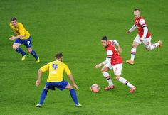 Özil & Wilshere During FA Cup Match vs Coventry 2013-2014.