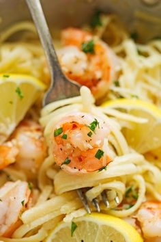 Shrimp Pasta with Lemon Cream Sauce - An easy weeknight friendly pasta dinner… Lemon Cream Sauce Pasta, Lemon Shrimp Pasta, Lemon Cream Sauces, Cream Sauce Recipes, Seafood Pasta, Shrimp Pasta Recipes, Shrimp Dishes, Fish Recipes, Pasta Dishes