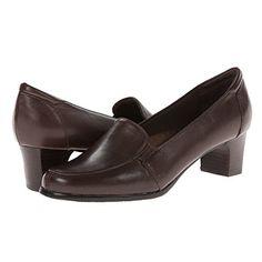 (トロッターズ) Trotters レディース シューズ・靴 ローファー Gloria 並行輸入品  新品【取り寄せ商品のため、お届けまでに2週間前後かかります。】 表示サイズ表はすべて【参考サイズ】です。ご不明点はお問合せ下さい。 カラー:Mocha Leather 詳細は http://brand-tsuhan.com/product/%e3%83%88%e3%83%ad%e3%83%83%e3%82%bf%e3%83%bc%e3%82%ba-trotters-%e3%83%ac%e3%83%87%e3%82%a3%e3%83%bc%e3%82%b9-%e3%82%b7%e3%83%a5%e3%83%bc%e3%82%ba%e3%83%bb%e9%9d%b4-%e3%83%ad%e3%83%bc%e3%83%95-7/