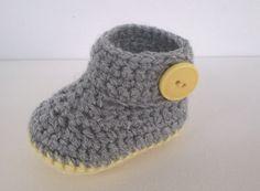 Patrón de ganchillo fácil de botitas de bebé.  Estas zapatillas de bebé son ideales para regalos de bebé.  PATRÓN DE GANCHILLO SÓLO ***  Nivel de