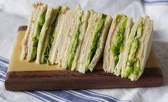 Sándwich de Miga con Aguacate - Que Rica Vida