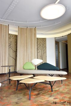 Borghese table & Borghese sofa in shades of green in a Paris project by Agence Couradette Paris - Jean Rémy Couradette / Julien Boaretto Sofa Styling, Shades Of Green, Oversized Mirror, Paris, Table, Projects, Furniture, Design, Home Decor