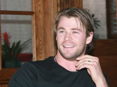 Male Eye Candies Collection featuring heartthrob actors, models, artists, athletes, public figures or even hot guys spotted just around the block Mens Ring Styles, Most Beautiful Man, Beautiful People, Hemsworth Brothers, Chris Hemsworth Thor, Im Falling In Love, Celebs, Celebrities, His Eyes