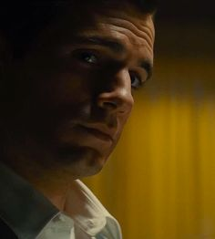 GIF: Henry Cavill in 'The Man from Uncle'.