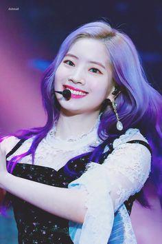 Dahyun-Twice 181128 - 2018 Asia Artist Awards Bts Twice, Twice Jyp, Twice Once, Sooyoung, South Korean Girls, Korean Girl Groups, Place Of Birth, Asia Artist Awards, Jihyo Twice