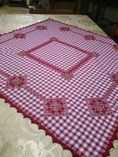 Discover thousands of images about Hardanger Embroidery, Hand Embroidery Patterns, Ribbon Embroidery, Embroidery Stitches, Cross Stitch Patterns, Embroidery Designs, Chicken Scratch Patterns, Chicken Scratch Embroidery, Bordado Tipo Chicken Scratch