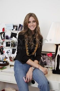 Olivia Palermo Living: Socialite Olivia Palermo's Sweet Spot July 2008 – Star Style Olivia Palermo Outfit, Olivia Palermo Stil, Olivia Palermo Lookbook, Star Fashion, Daily Fashion, Girl Fashion, Office Fashion, Spring Fashion, Love Her Style