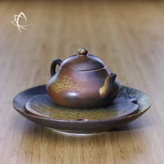 Ash Glazed Stubby Pear Shaped Teapot with Small Tea Boat Set
