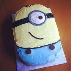 Despicable Me - Minion Cake