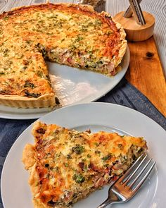 France is a great country and the cuisine and dishes are just amazing :-] That's why I went to a delicious Quiche Lorraine today. Vegetarian Brunch Recipes, Make Ahead Brunch Recipes, Breakfast Recipes, Breakfast Casserole, Quinoa Breakfast, Eat Smarter, Cooking Recipes, Quinoa Chili, Quinoa Soup