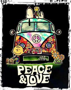 Hippie Love Fest ☮️ Charlie Brown, Snoopy and Woodstock Paz Hippie, Estilo Hippie, Hippie Peace, Happy Hippie, Hippie Love, Hippie Style, Hippie Chick, Hippie Things, Peanuts Cartoon