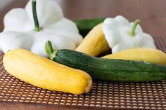 Freezing Vegetables, Canning Vegetables, Frozen Vegetables, Veggies, Freezing Tomatoes, Freezing Fruit, Freezing Yellow Squash, Crookneck Squash Recipes, How To Cook Squash