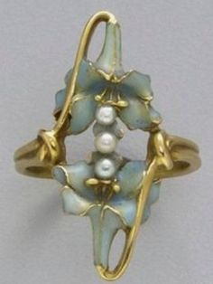 Lalique 1900 Ring: gold/ pearl/ enamel