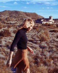 With @yzabelmusic in the Spanish desert #spain #desert #nature #naturevisuals  #nikon #portrait #portraitcollective #travel #sanjamarusic by sanjamarusic With @yzabelmusic in the Spanish desert #spain #desert #nature #naturevisuals  #nikon #portrait #portraitcollective #travel #sanjamarusic