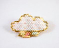 Broche nuage blanc et doré en perles Miyuki par Liliazalee sur Etsy