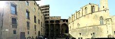 Palau Reial Major  Fue un mercado hasta el Rey fue cansado debido a los sonidos de las personas. También es el lugar donde el ejecutor vivió y hay muchas leyendas sobre el papel que tenía hace muchos años.