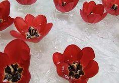 drijvende bloemen op bubbeltjespapier