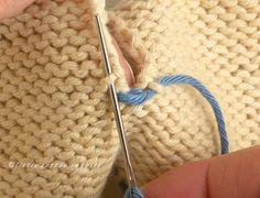 A mattress stitch tutorial (Little Cotton Rabbits) Knitting Basics, Knitting Help, Knitting Stiches, Baby Hats Knitting, Lace Knitting, Knitting Patterns, Little Cotton Rabbits, Knitted Flowers, Stitch