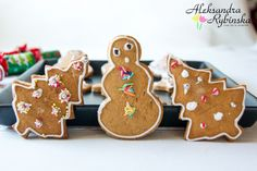 Przepisy Aleksandry: PIERNICZKI NA OSTATNIĄ CHWILĘ Polish Recipes, Gingerbread Cookies, Desserts, Christmas, Food, Gingerbread Cupcakes, Tailgate Desserts, Xmas, Deserts