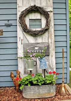 Most Brilliant Garden Junk Repurposed Ideas (15)