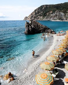 Swimming in Monterosso, Cinque Terre, Italy Best Places To Travel, Cool Places To Visit, Places To Go, In 2019, Cinque Terre, Amazing Destinations, Budapest, The Good Place, Europe