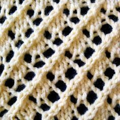 The Fancy Diagonal Lace Stitch - Purl Avenue