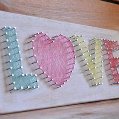 Resultado de imagen para frases bonitas con clavos y lana fina String Art Templates, String Art Patterns, Cute Crafts, Crafts To Do, Arts And Crafts, Crafts For Teens, Crafts For Kids, Nail String Art, Thread Art