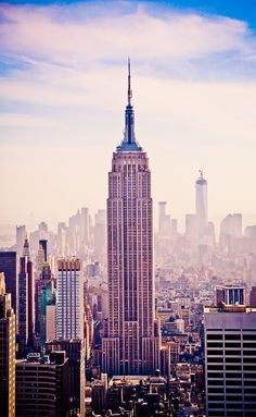 Standing Tall by Jayanth Kommidi - Empire State Building - New York - USA Merida, Monuments, Places Around The World, Around The Worlds, World Trade Center, Stand Tall, Best Cities, Amazing Destinations, Architecture
